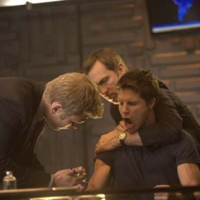 "The Tomorrow People -- ""Pilot""-- Image Number: TP100C_0168.jpg -- Pictured (L-R): Mark Pellegrino as Dr. Jedikiah Price and Robbie Amell as Stephen -- Photo: Barbara Nitke/The CW -- © 2013 The CW Network, LLC. All rights reserved."