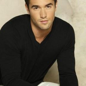 "REVENGE - ABC's ""Revenge"" stars Josh Bowman as Daniel Grayson. (ABC/Bob D'Amico)"