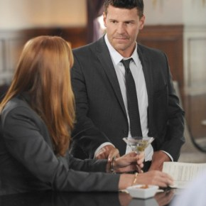 "BONES: Booth (David Boreanaz, L) questions a suspect in the ""The Secrets in the Proposal"" season premiere episode of BONES airing Monday, Sept. 16 (8:00-9:00 PM ET/PT) on FOX. ©2013 Fox Broadcasting Co. Cr: Ray Mickshaw/FOX"