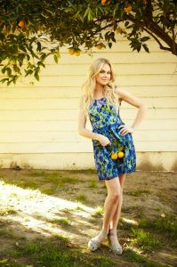 http://www.laurabellbundy.com/gallery/official-photos/