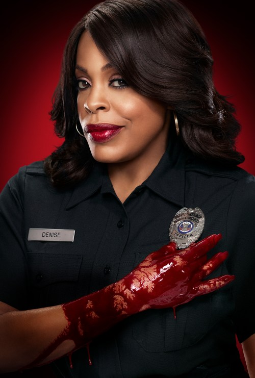SCREAM QUEENS: Niecy Nash as Denise in SCREAM QUEENS which debuts with a special, two-hour series premiere event on Tuesday, Sept. 22 (8:00-10:00 PM ET/PT) on FOX. ©2015 Fox Broadcasting Co. Cr: Jill Greenberg/FOX.