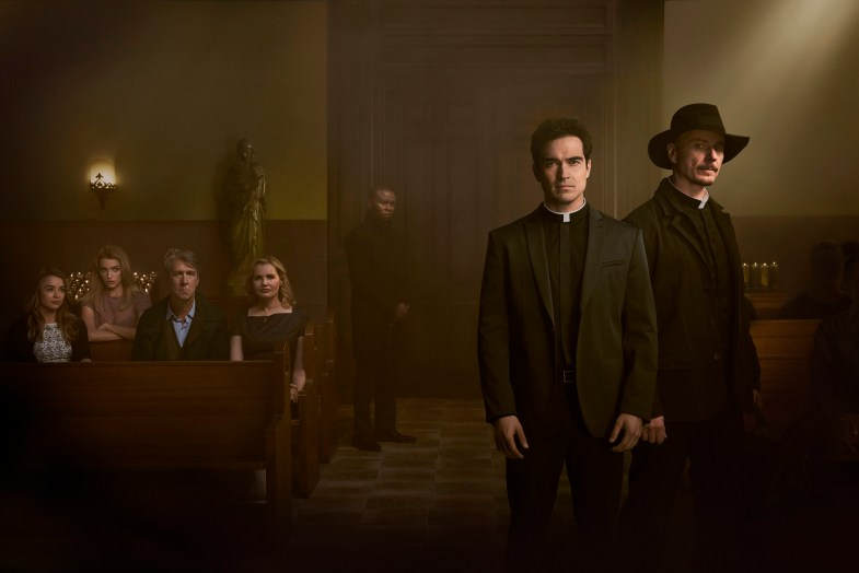 THE EXORCIST:  L-R:  Hannah Kasulka, Brianne Howey, Alan Ruck, Geena Davis, Alfonso Herrera and Ben Daniels in THE EXORCIST premiering Friday, Sept. 23 (9:00-10:00 PM ET/PT) on FOX.  ©2016 Fox Broadcasting Co.  Cr:  Patrick Ecclesine/FOX