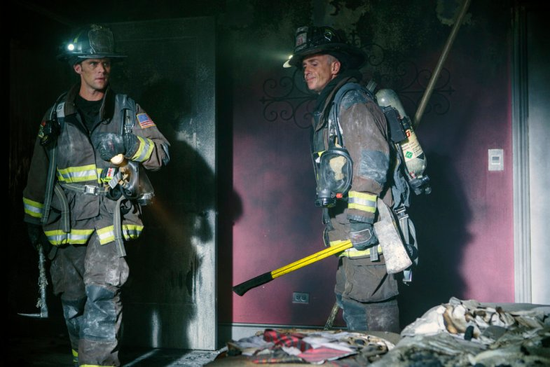 "CHICAGO FIRE -- ""I Held Her Hand"" Episode 505 -- Pictured: (l-r) Jesse Spencer as Matthew Casey, David Eigenberg as Christopher Hermann -- (Photo by: Parrish Lewis/NBC)"