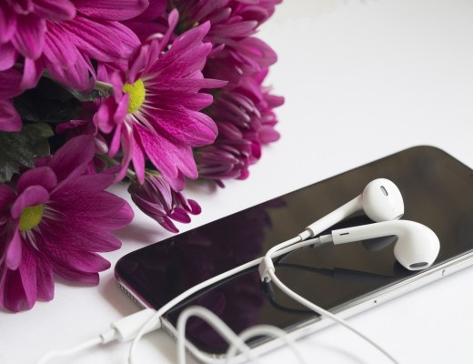 ipod touch, earphones and purple flowers