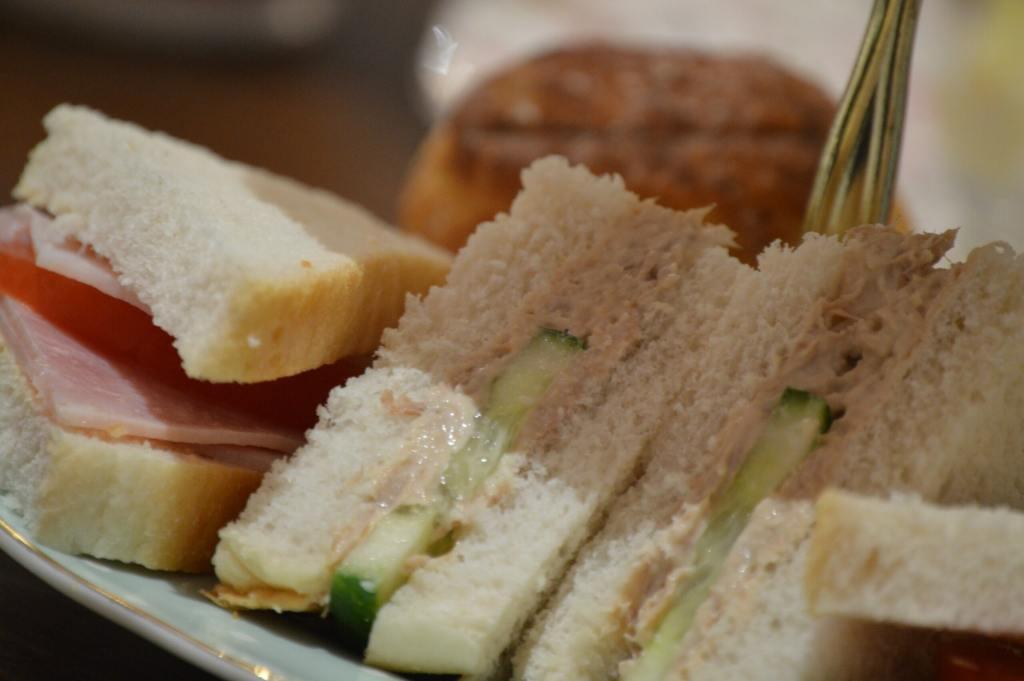 triangular sandwiches