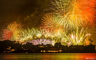 Spend your NYE in Sydney watching the fireworks over Opera House and Harbour Bridge