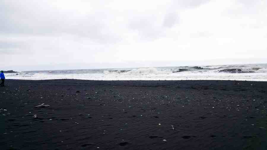 Black Beaches are one of the 10 Reasons Why Iceland Should Be Your Next Trip