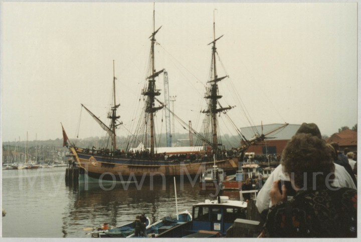 HMS Endeavor Replica In Whitby_14 May 1997 Paul Stephenson