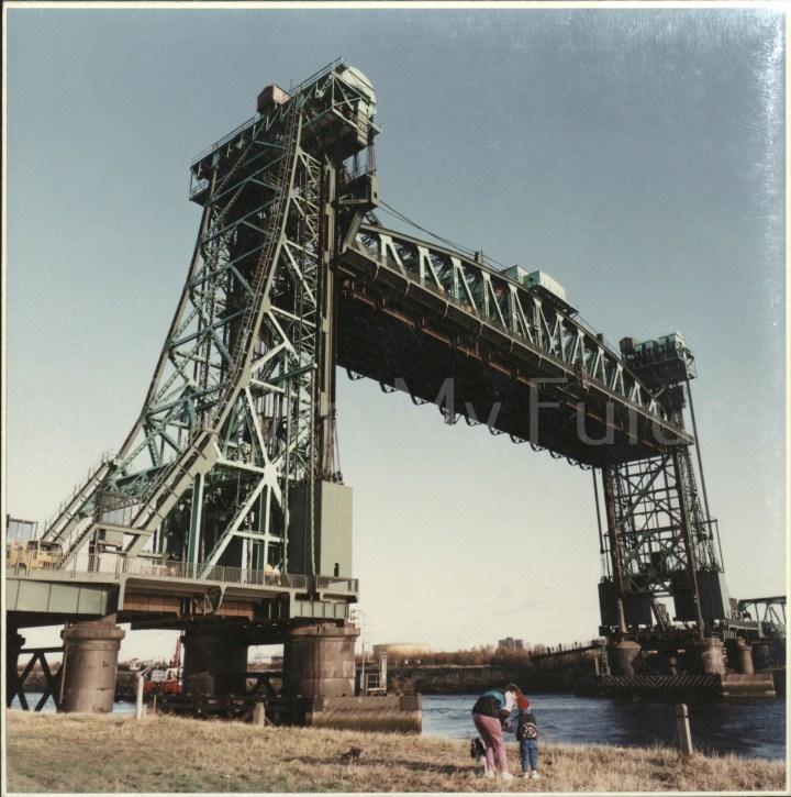 Newport Bridge last raising of the bridge 18th November 1990