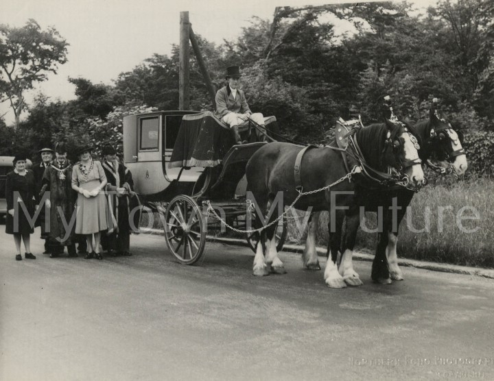 Lowther State Coach, 2 July 1947 - Evening Gazette