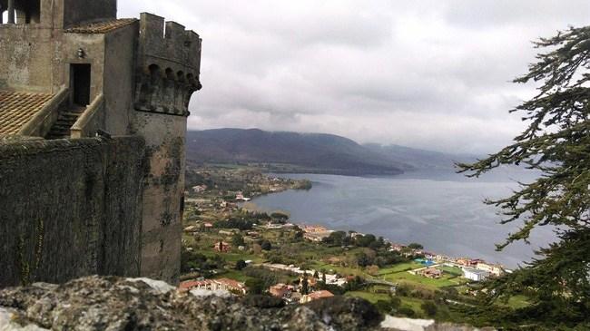 Lago di Bracciano panorama