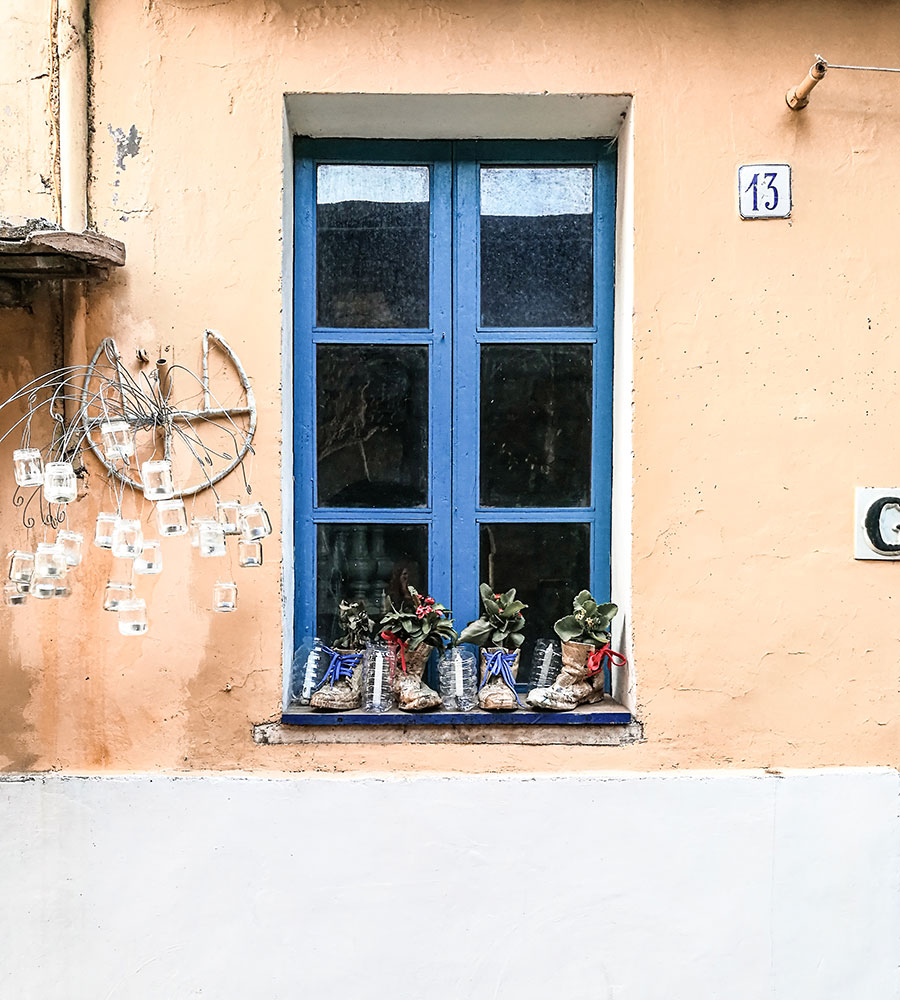 finestrella a Vallerano