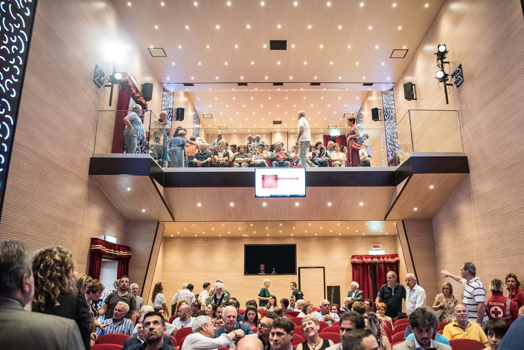 teatro comunale Caprarola