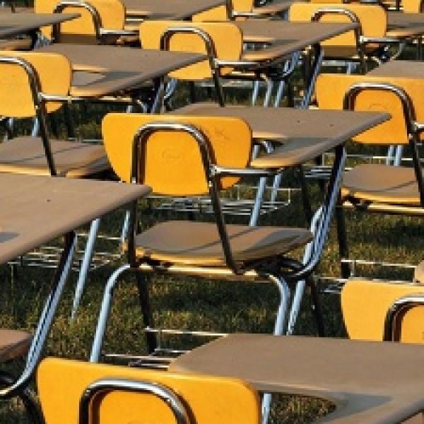 GENERIC-SCHOOL-STUDENTS-CLA-jpg_20160127162809-159532