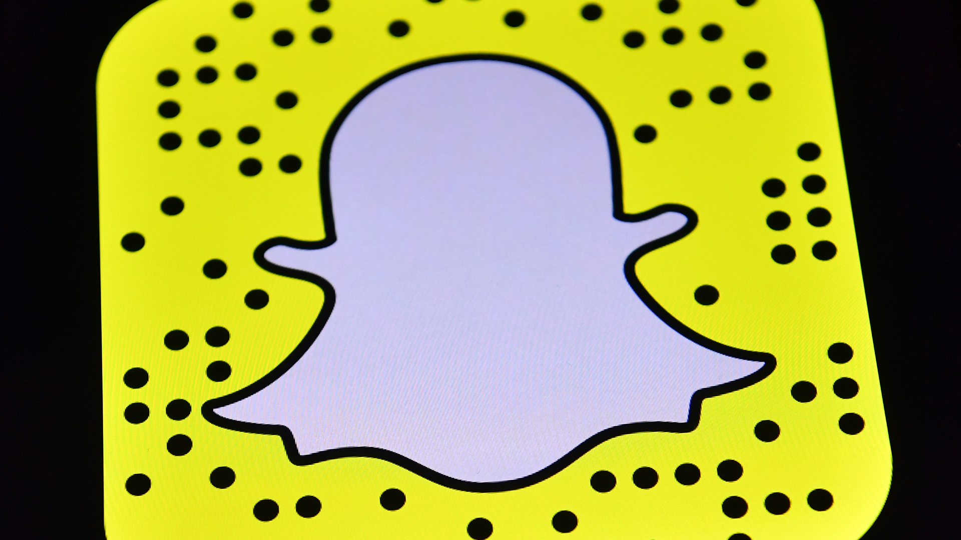 Snapchat logo illustration38189557-159532