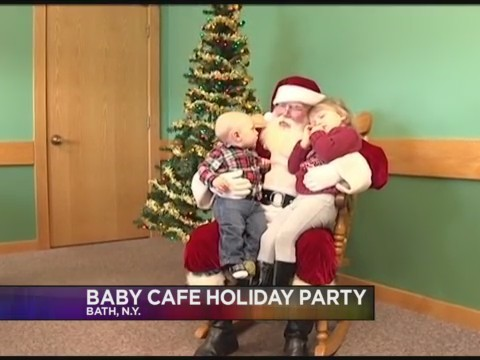 Baby_Cafe_hosting_free_holiday_party_wit_0_20171206225921