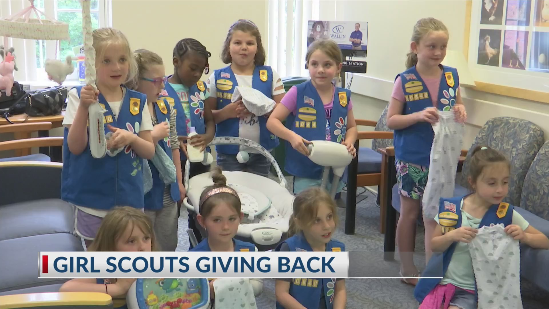 Girl Scouts at the NICU