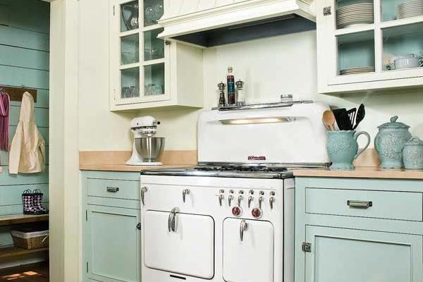 Ways a new coat of paint can transform your kitchen