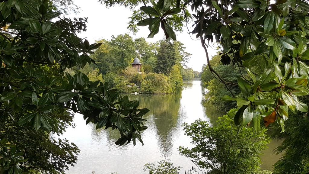 Bois de Boulogne, park, paris, France, lake, english garden, island, chalet