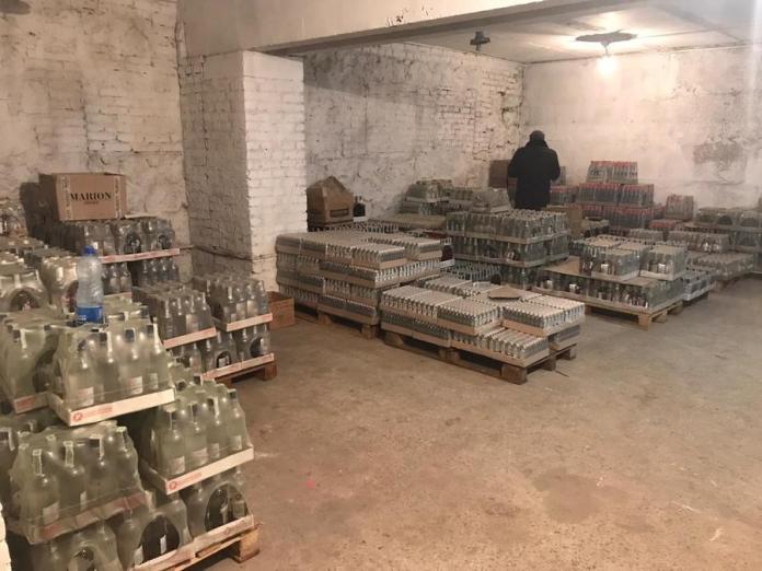 У Вінниці викрили склад нелегального алкоголю