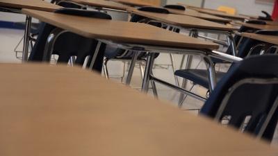 Classroom--school--education--desks-jpg_20160311182303-159532