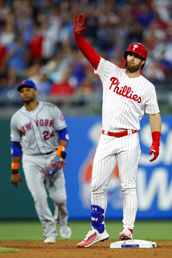 Phillies Snap 7 Game Losing Skid With 13 7 Win Over Mets