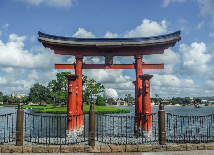 Foodie and the Feast // 20 Countries in 1 Day at the Epcot Food & Wine Festival | Japan pavilion at the EPCOT Food & Wine Festival