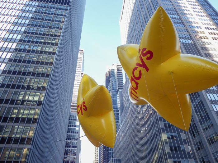 Do This, Not That // Macy's Thanksgiving Day Parade   Star balloons at the Macy's Thanksgiving Day Parade in New York City