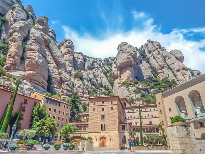 Day trip to Montserrat | 4 days in Barcelona, Spain, Catalonia | Things to do in Barcelona | What to do in Barcelona | Catholic monastery | Catalunya | 1 day in Montserrat | Serrated Mountains | looking up