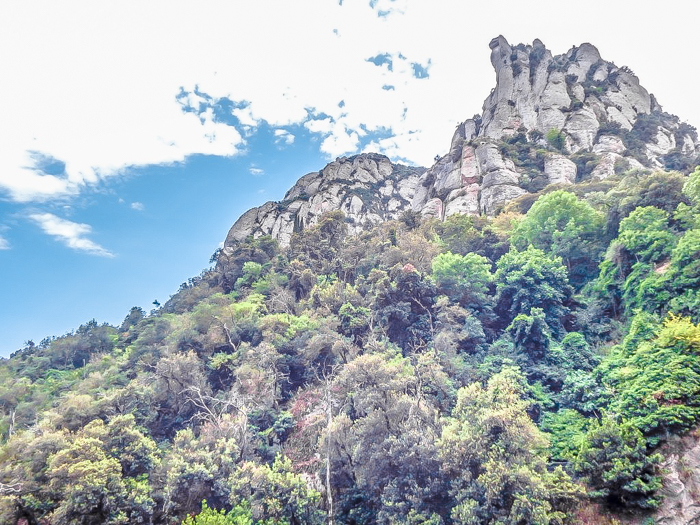 Day trip to Montserrat | 4 days in Barcelona, Spain, Catalonia | Things to do in Barcelona | What to do in Barcelona | Catholic monastery | Catalunya | 1 day in Montserrat | Serrated Mountains | scenery
