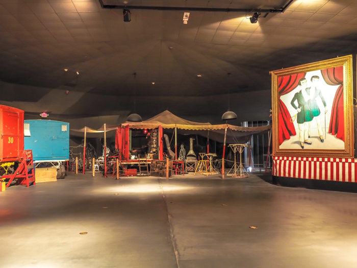 How creepy is the Ringling Brothers Circus Museum   Sarasota, Florida   Barnum and Bailey Circus   Greatest Show on Earth   The Greatest Showman   Circus history   Clowns   warehouse