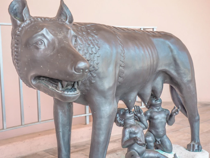 The Ringling // Getting My Italy Fix in Florida   Ringling   Ringling art museum and sculpture garden   Sarasota, Florida   Capitoline Wolf