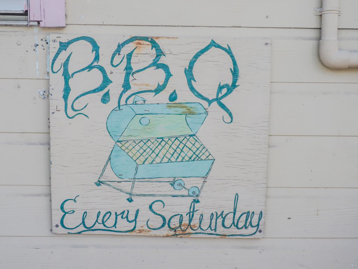 3 days in caye caulker, belize // Errolyn's house of fry jacks bbq on saturday