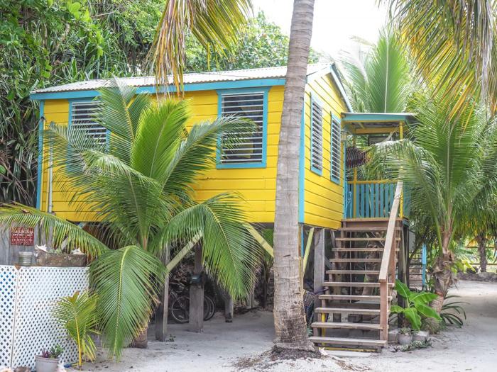 3 days in Care Caulker, Belize // Colinda Cabanas