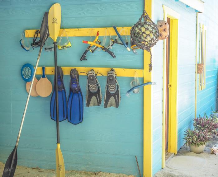 3 days in caye caulker, belize // snorkeling gear, colinda cabanas