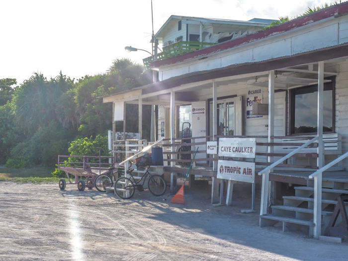 Things that shocked me in Belize // Caye Caulker airport