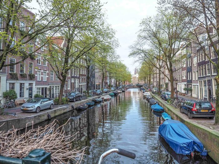 Canal in the Jordaan neighborhood of Amsterdam, Netherlands | Sunset | 3 days in Amsterdam