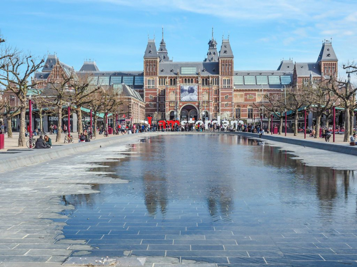 Exterior of the Rijksmuseum and the I AMSTERDAM sign | 3 days in Amsterdam, Netherlands | Dutch art history and architecture