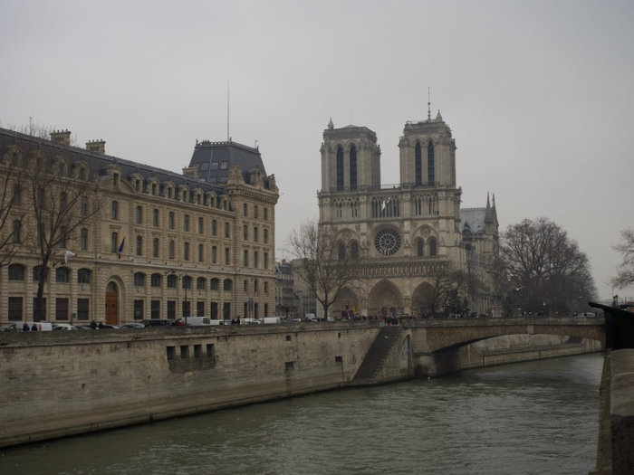 When is the best time to visit Paris, France? Here is a summer vs. winter showdown. Hotel and airfare costs and room availability | Crowds and lines at popular museums, monuments, and attractions | Weather conditions | Winter view of Notre Dame