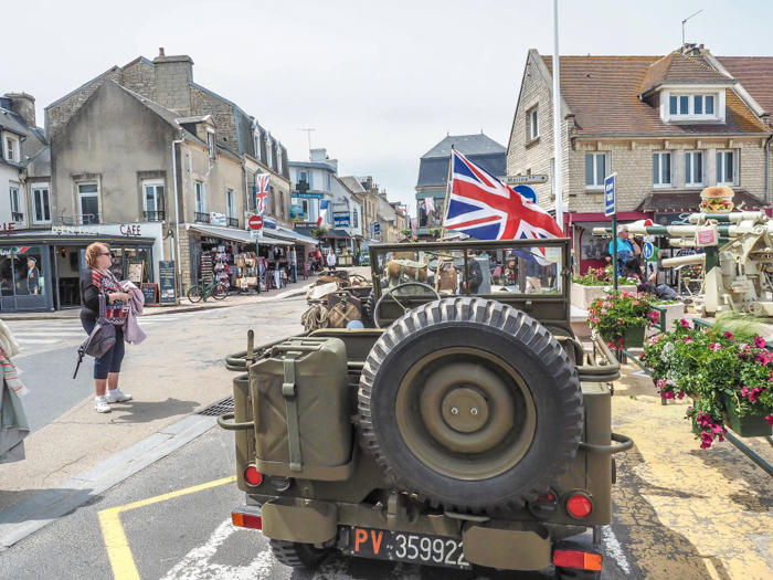 The best D-Day sites to visit in Normandy, France | WWII | WW2 | Arromanches | army jeep