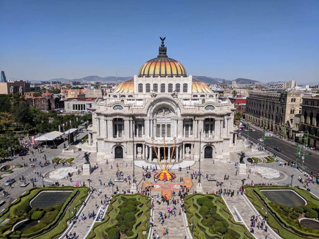 Do This, Not That // 3 Days in Mexico City | Dos and don'ts | Mexico Travel tips | altitude sickness | Casa Azul | Frida and Diego | xochimilco | Mexican food | lucha libre wrestling | best views in Mexico | Uber | Condessa | Tequila and Mezcal | Aeromexico | Zocala | Margaritas | Palacio des Bellas Artes View from Sears