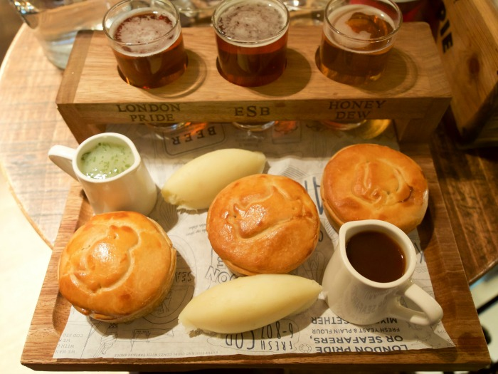 The Best 5-day London Itinerary for First-Time Visitors   London, England, United Kingdom   Brunch at the Admiralty, Trafalgar Square, ale and pie sampler