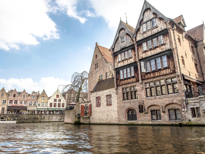 4 days in Belgium | What to do in Bruges | Brugge | Take a canal ride | Boat cruise