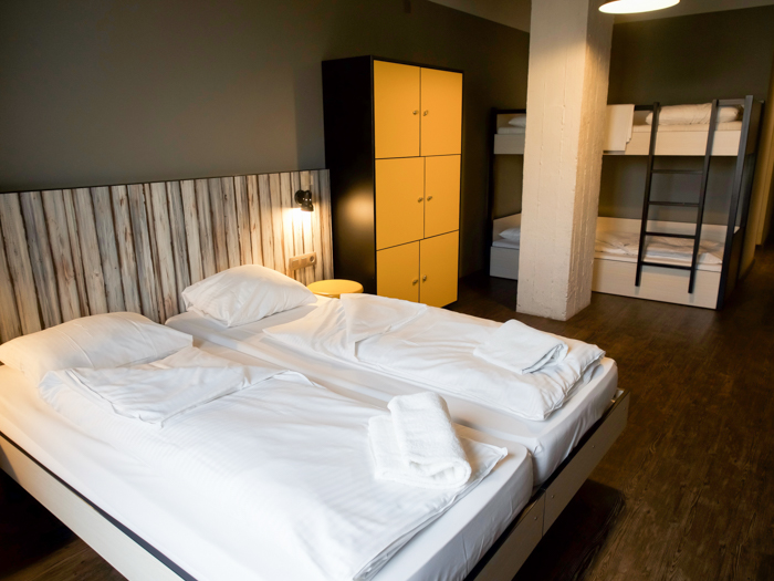 Where to stay in Brussels | Meininger Hotel Brussels City Center | 4 Days in Belgium | Bruxelles | hostel, private room