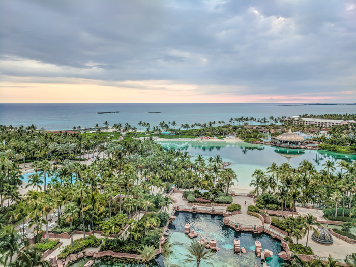 Exploring the 700 islands of The Bahamas - including Paradise Island and Nassau, the islands for swimming with the pigs, and more. Covering where to go in The Bahamas and which islands of The Bahamas you can visit. #bahamas #caribbean #islands #traveltips
