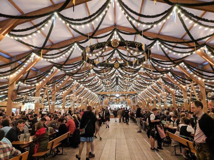An Oktoberfest Tour Guide's Most Frequently Asked Oktoberfest Questions | Need to know Oktoberfest in Munich, Germany #oktoberfest #munich #germany #beer #festival | Festzelt Tradition, Oide Wiesn