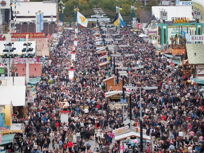 An Oktoberfest Tour Guide's Most Frequently Asked Oktoberfest Questions | Need to know Oktoberfest in Munich, Germany #oktoberfest #munich #germany #beer #festival | Wiesn bathroom cupids