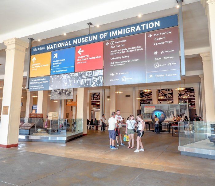 A Time-Budget Traveler's Guide to Visiting Ellis Island in a Hurry | New York City, Manhattan and the Statue of Liberty | United States Immigration Museum | National Park Site #ellisisland #newyorkcity #stateofliberty #nyc #manhattan #ushistory