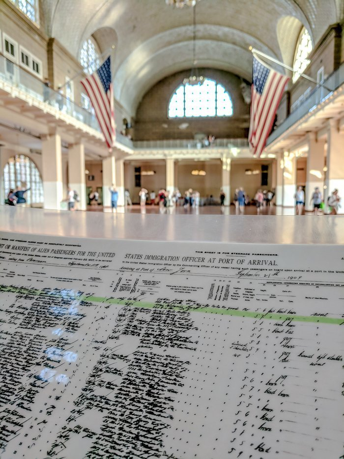 A Time-Budget Traveler's Guide to Visiting Ellis Island in a Hurry | New York City, Manhattan and the Statue of Liberty | United States Immigration Museum | National Park Site #ellisisland #newyorkcity #stateofliberty #nyc #manhattan #ushistory registry