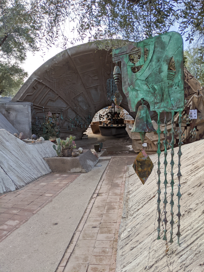 4 Days in Scottsdale, Arizona // A Jam-Packed Itinerary With a Bit of Everything | Things to do in Scottsdale: Soleri studio, Cosanti bells #scottsdale #cosanti #bells